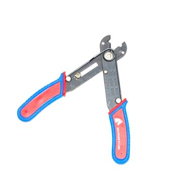 Picture of Adraxx 68C wire stripper and cutter