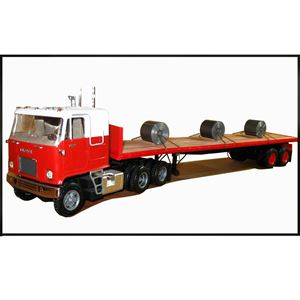 Picture of AMT USA 1/25 Scale Fruehauf Flatbed Trailer Plastic Model Kit